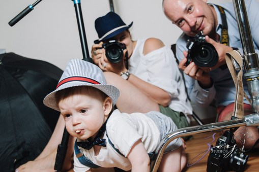 Singobooth: Funny Photoshoot for One-Year-Old by Zorz Studios (16)