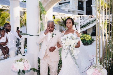 Bell Hunters: Stephanie + Josh = Dominican Republic Wedding by Zorz Studios (48)