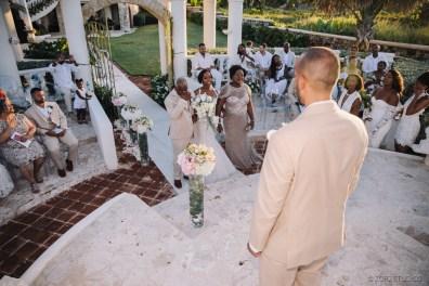 Bell Hunters: Stephanie + Josh = Dominican Republic Wedding by Zorz Studios (46)