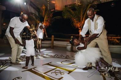 Bell Hunters: Stephanie + Josh = Dominican Republic Wedding by Zorz Studios (14)