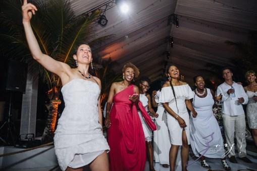 Bell Hunters: Stephanie + Josh = Dominican Republic Wedding by Zorz Studios (11)