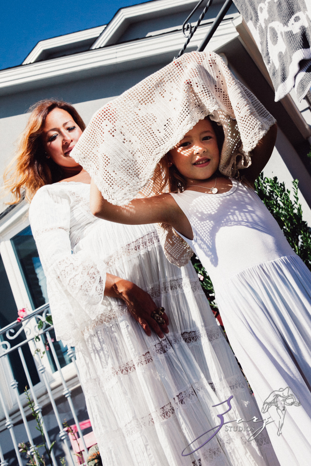 Cuatro+: Whimsical Family Maternity Session by Zorz Studios (30)