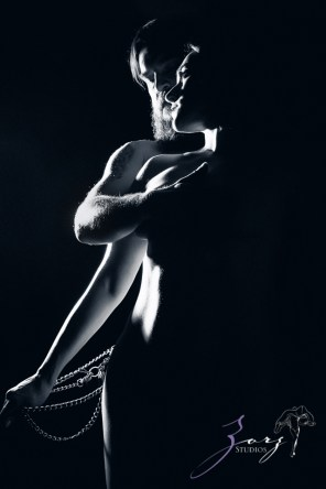 Consensual: Bold and Refined New York Boudoir Photography by Zorz Studios (22)