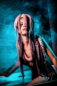 Cover Girl: Eerily Beautiful Photoshoot with Octopus by Zorz Studios (2)