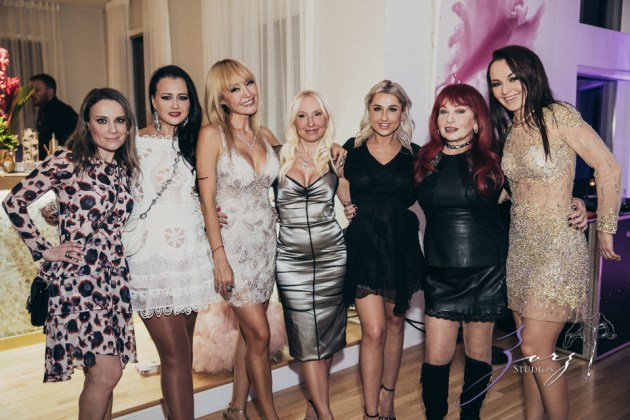 Cosmo: Mother-Daughter Cosmopolitan Birthday Party by Zorz Studios (84)