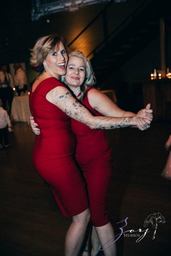 Vetz: Nicki + Adam = Industrial-Chic Wedding by Zorz Studios (18)