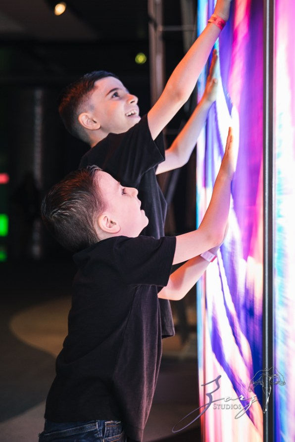 Saaeyints: Liberty Science Center Family Photography by Zorz Studios (38)