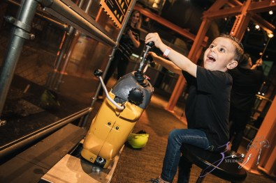 Saaeyints: Liberty Science Center Family Photography by Zorz Studios (3)
