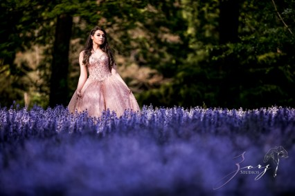 Regalo: Loving Parents Give a Gift of All-Day Quinceanera Photography by Zorz Studios (20)
