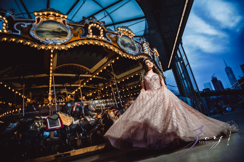 Regalo: Loving Parents Give a Gift of All-Day Quinceanera Photography by Zorz Studios (5)