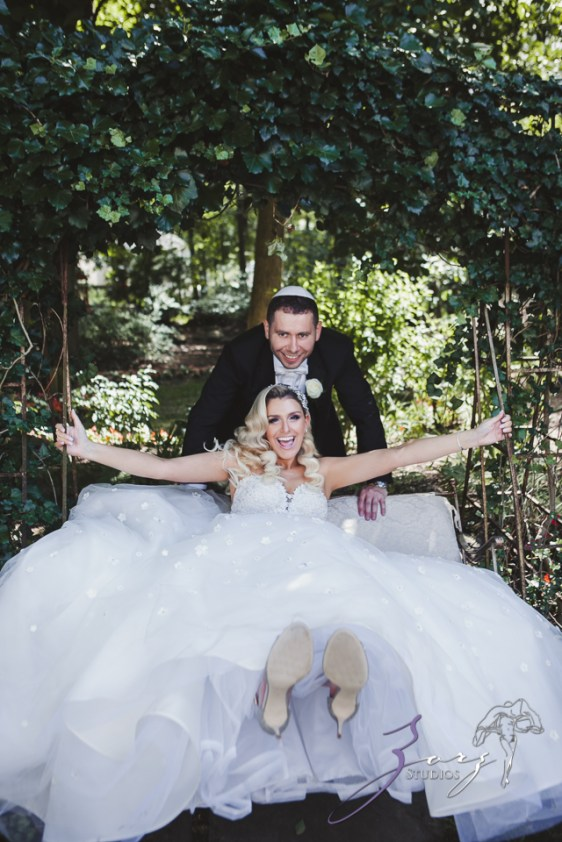 Bubbly: Karina + Alex = Crystal Plaza Wedding by Zorz Studios (37)