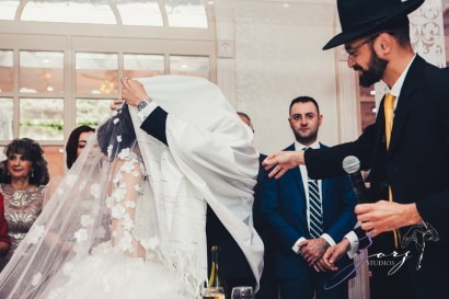 Starlets: Ilana + Igor = Posh Bukharian Jewish Wedding by Zorz Studios (54)
