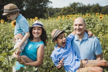 Field Trap: Sunflower Field Photoshoot for Three Families by Zorz Studios (49)