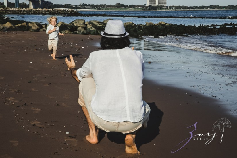 Catchup: Last-Minute Maternity Photoshoot by Zorz Studios (11)