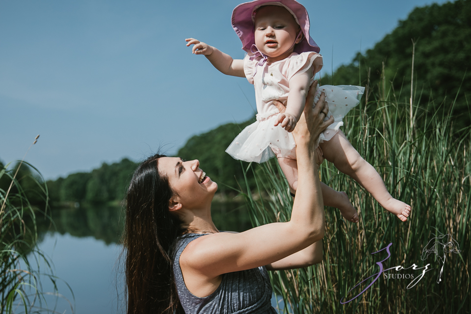 Veyear: Our Baby Girl First Birthday Photoshoot in Poconos by Zorz Studios (27)