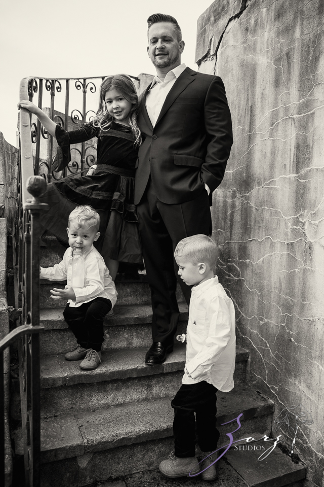 Womansion: Stylish Family Shoot at Vanderbilt Museum by Zorz Studios (11)