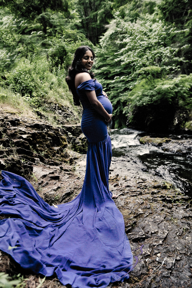 Bhaaloo: Maternity Session by Raymondskill Falls by Zorz Studios (15)