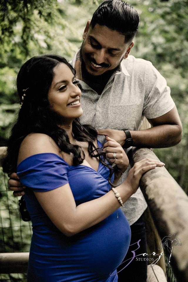 Bhaaloo: Maternity Session by Raymondskill Falls by Zorz Studios (4)