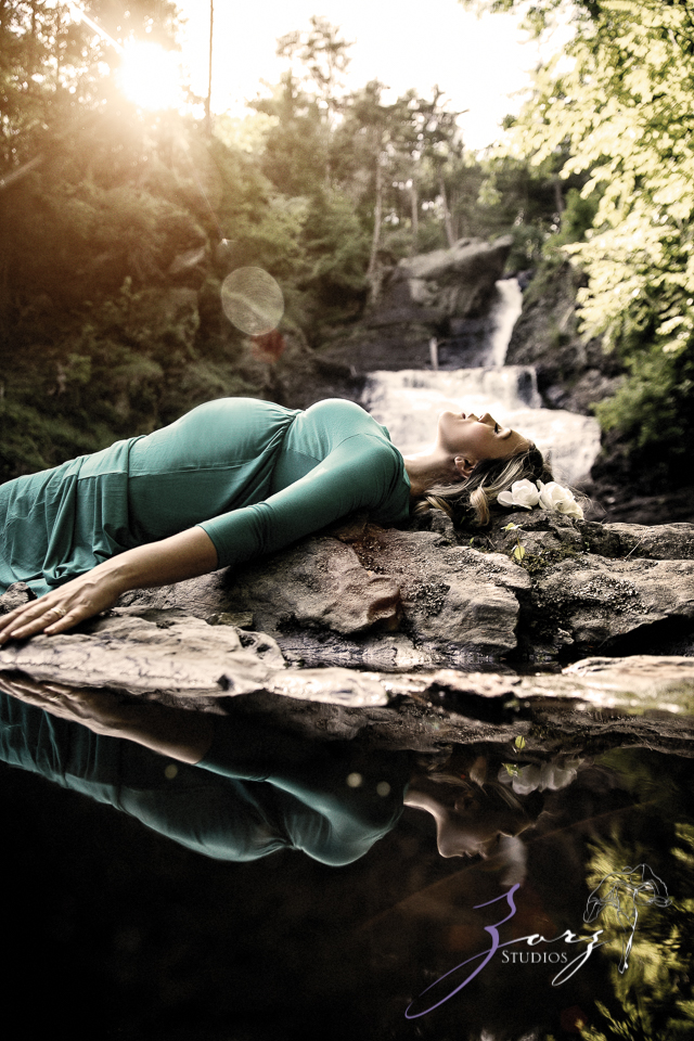 Tesori: Maternity Photoshoot in Poconos by Zorz Studios (24)