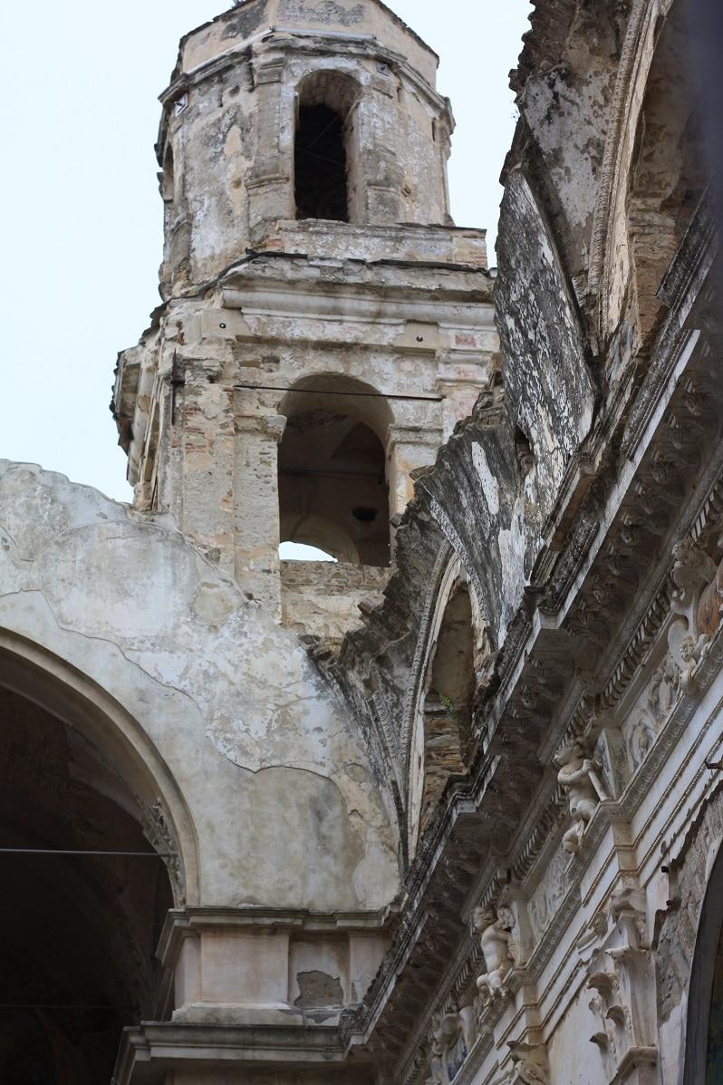 Bussana kerk