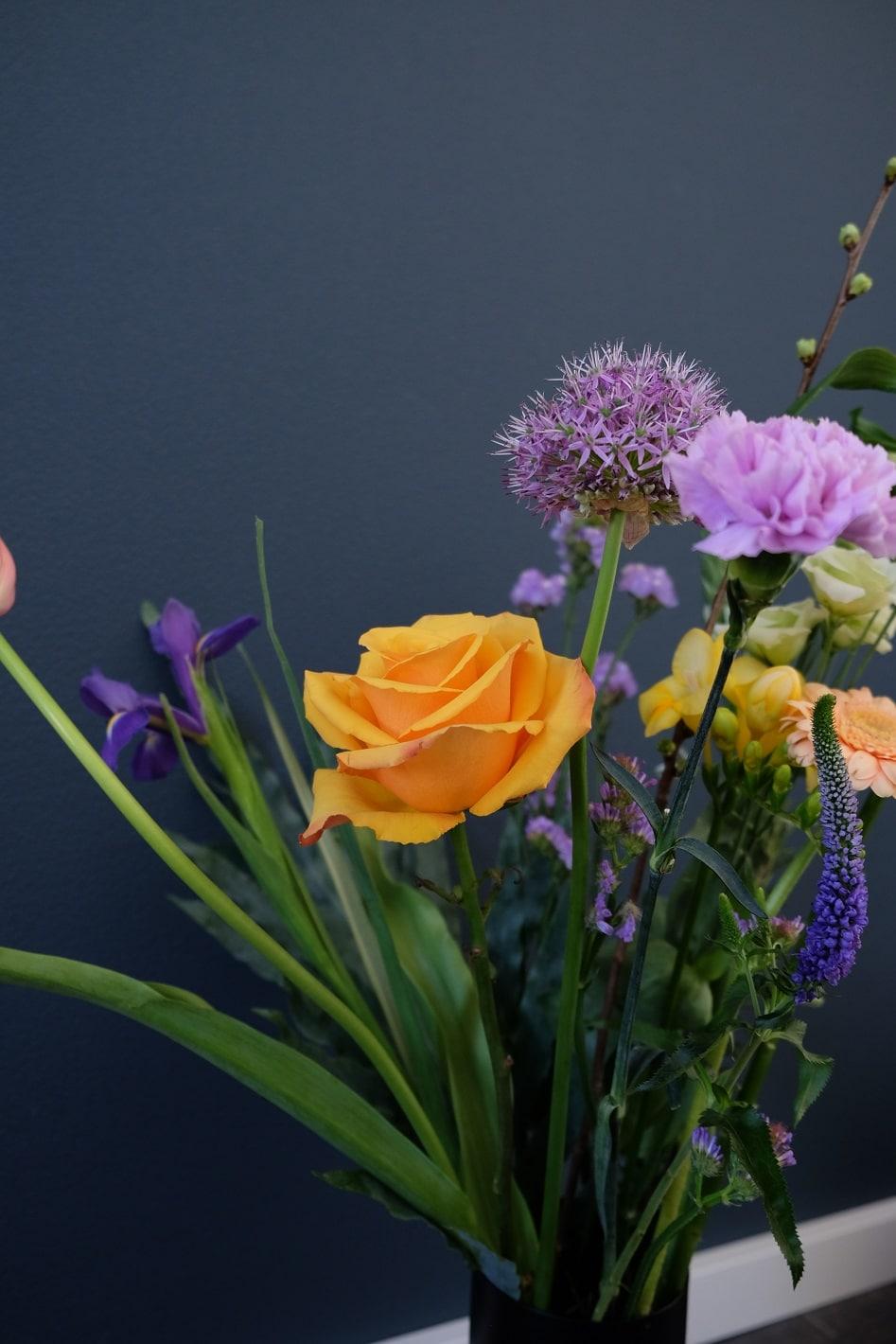 bloemen aan huis bloomon