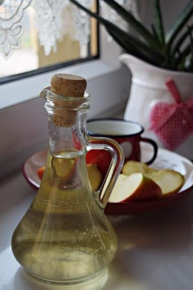 Zdjęcie - Jak zrobić ocet jabłkowy - Przepisy kulinarne ze zdjęciami