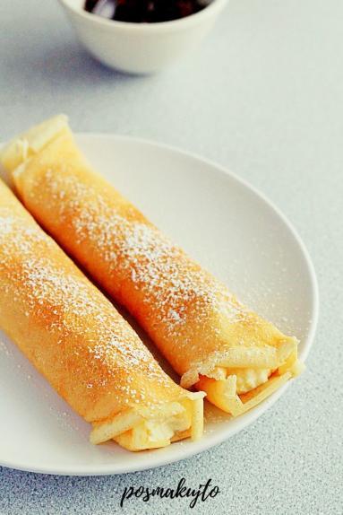 Zdjęcie - Naleśniki z twarogiem (na słodko) - Przepisy kulinarne ze zdjęciami