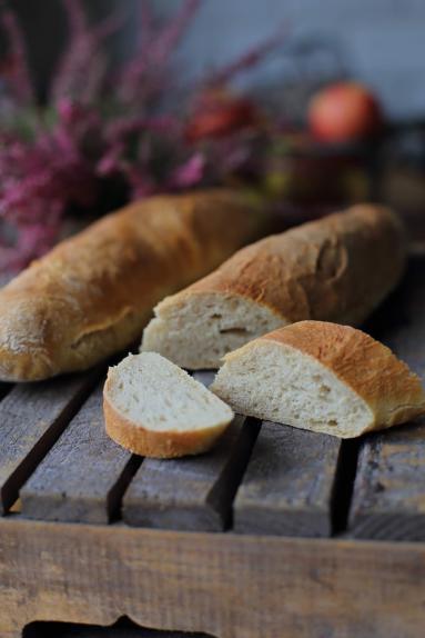 Zdjęcie - Bagietka francuska - Przepisy kulinarne ze zdjęciami