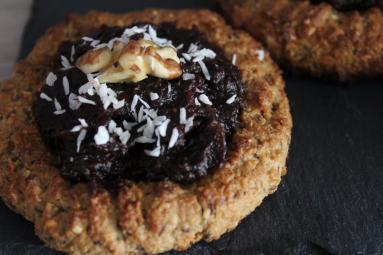 Zdjęcie - Fit ciastka z masą daktylowo-żurawinową. - Przepisy kulinarne ze zdjęciami