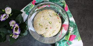 Zdjęcie - Bułeczki z cukinią i kaszą kuskus - Przepisy kulinarne ze zdjęciami