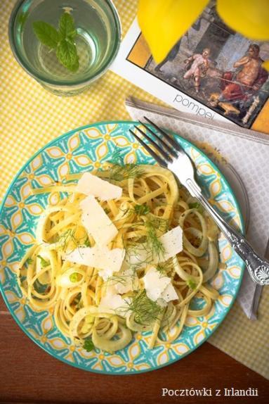 Zdjęcie - Linguine z fenkułem | U stóp Benbulbena - Przepisy kulinarne ze zdjęciami