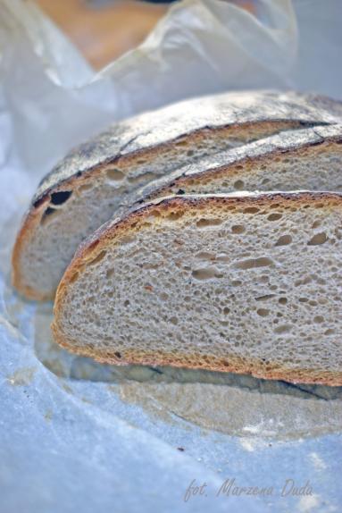 Zdjęcie - Chleb z garnka na poolish - Przepisy kulinarne ze zdjęciami