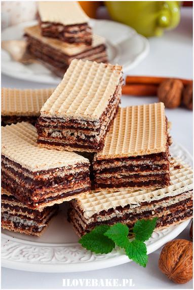 Zdjęcie - Domowe wafle kakaowe - Przepisy kulinarne ze zdjęciami