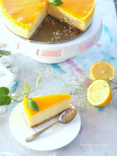 Zdjęcie - Sernik mango - Przepisy kulinarne ze zdjęciami