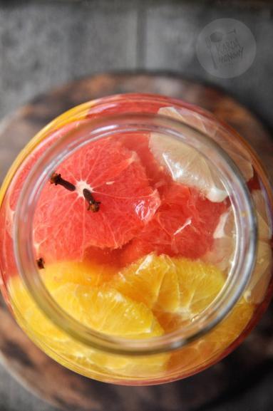 Zdjęcie - Nalewka z cytryn, grejpfrutów i pomarańczy - Przepisy kulinarne ze zdjęciami