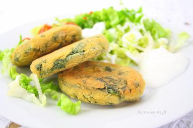 Zdjęcie - Kotlety z ciecierzycy ze szpinakiem - Przepisy kulinarne ze zdjęciami