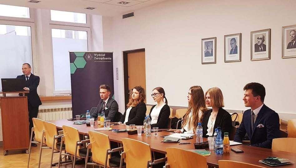 Ogromny sukces uczennic technikum ekonomicznego Ogólnopolski Konkurs Wiedzy Ekonomicznej i Przedsiębiorczości
