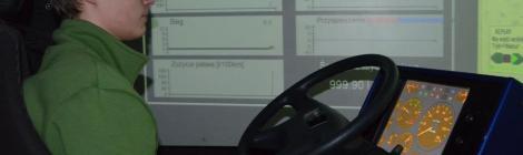 Zajęcia na symulatorze jazdy