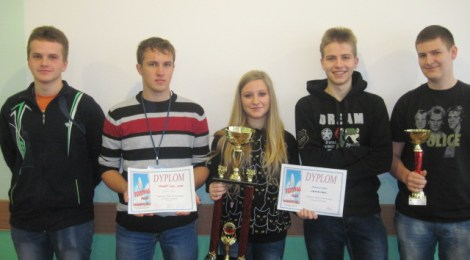 Gratulujemy zespołowi wokalno-instrumentalnemu i Zuzannie Feliks - zwycięzcom konkursu pieśni patriotycznej