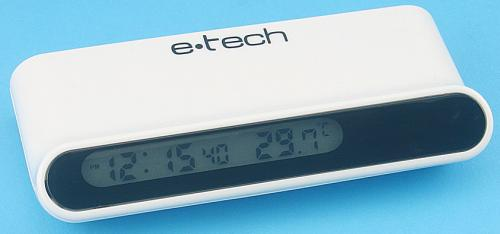 Relógio e termômetro no hub USB
