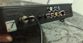 Painel traseiro com conexões