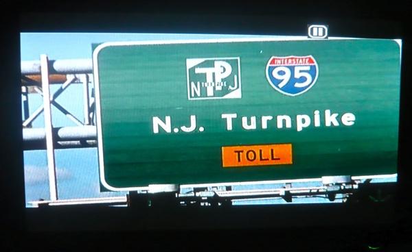 No DVD, a imagem aparece com faixas na tela