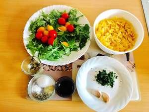Gesund und LeckerNudelsalat mit Balsamico Dressing Zutaten