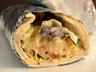 Chicken Kebab Burrito mit Käse