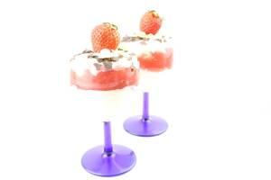 Fruchtiges Erdbeeren Mascarpone Sahne Dessert