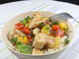 Teriyaki Hähnchen mit Paprika auf Reis