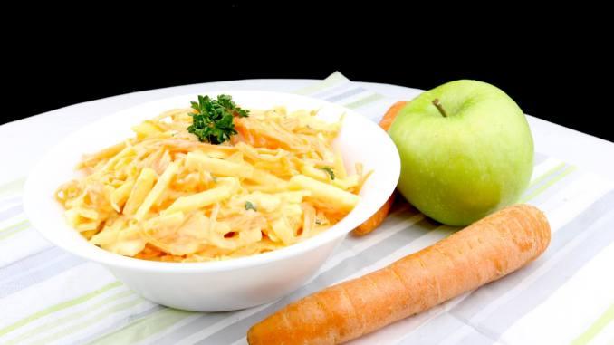 Serviervorschlag Farmersalat einfach und lecker zubereitet