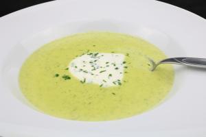 Zucchini Gorgonzola Suppen Rezept