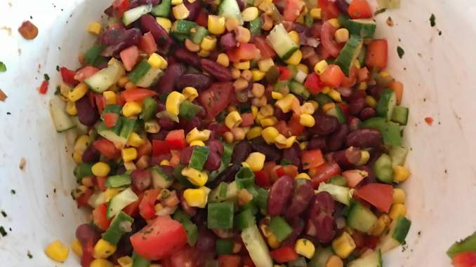 Zubereitung Mexikanischer Grill Beilagen Salat