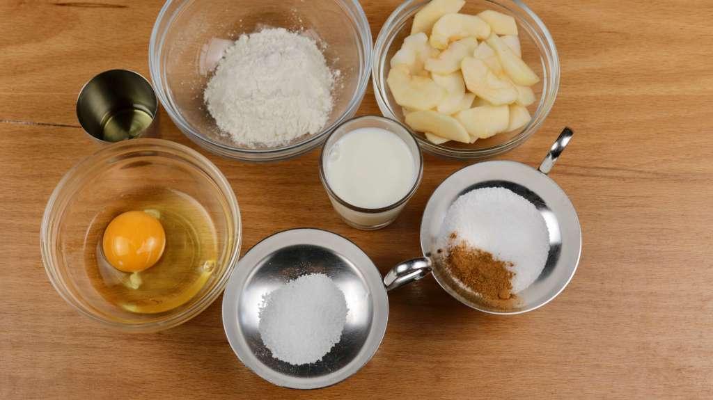 Zutaten Apfel Pfannkuchen mit Zimt und Zucker